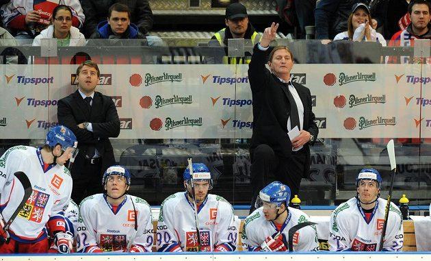 Trenér české reprezentace Alois Hadamczik během utkání Channel One proti Finsku.