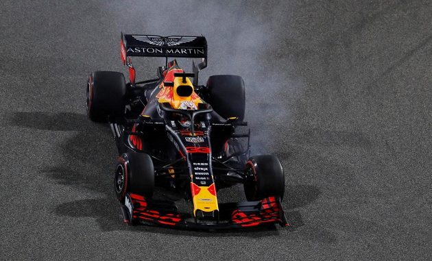Max Verstappen z Red Bullu ve Velké ceně Bahrajnu.