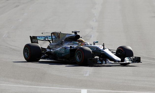 Brit Lewis Hamilton při Velké ceně Ázerbájdžánu.
