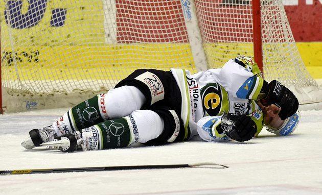 Karlovarský obránce Martin Rohan při utkání s Plzní.
