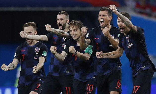 Chorvatská radost po penaltovém rozstřelu s Ruskem.
