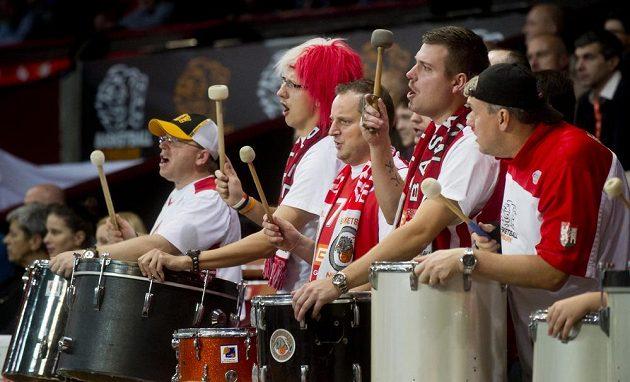 Fanoušci Nymburka během utkání Evropského poháru s Nancy.