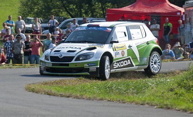 Jan Kopecký a Petr Starý ve voze Škoda Fabia S2000 na Barum raylle.