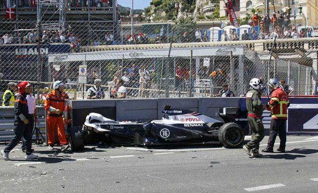 Havárie venezuelského pilota Pastora Maldonalda při Velké ceně Monaka.