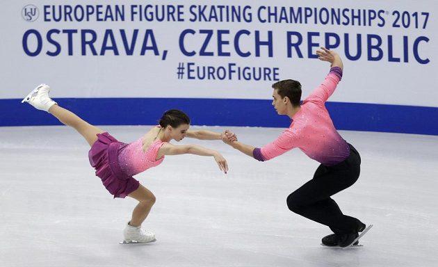 Český krasobruslařský pár Anna Dušková a Martin Bidař.