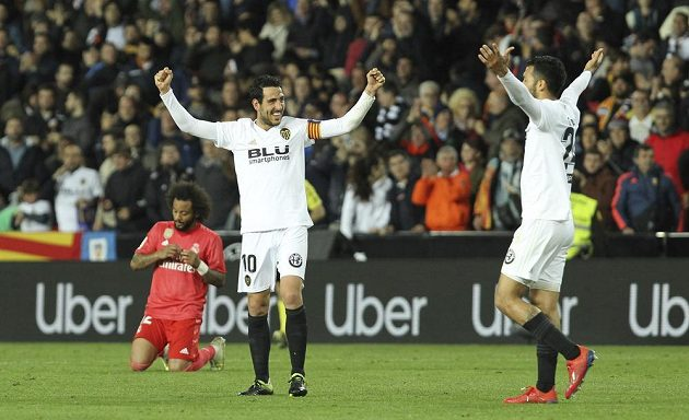 Fotbalisté Realu Madrid ve 30. kole španělské ligy prohráli ve Valencii 1:2 a poprvé od návratu trenéra Zinédina Zidana nebodovali. Vítězové měli ohromnou radost.