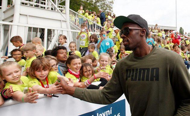 Nejrychlejší muž planety Usain Bolt byl pro děti na Čokoládové Tretře hlavní atrakcí.