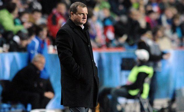 Český trenér Pavel Vrba během přátelského utkání s Norskem v Edenu.