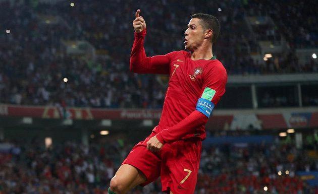 Jinak to snad ani být nemohlo. V hlavní roli Portugalec Cristiano Ronaldo.