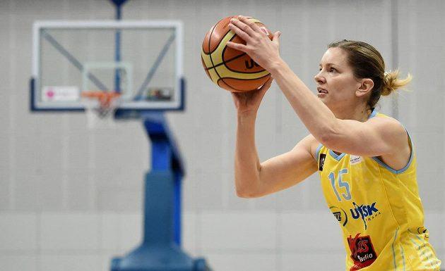 Basketbalista USK Praha Eva Vítečková