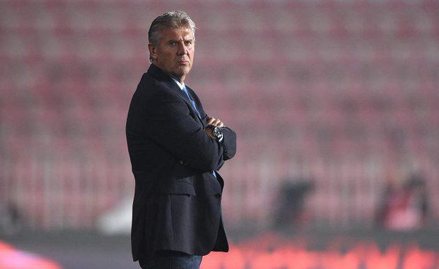 Trenérovi Slovanu Jozefu Chovancovi návrat na Letnou řádně zhořkl.