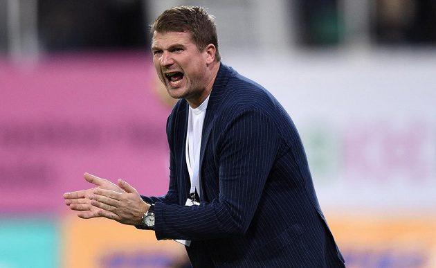 Hradecký trenér Luboš Prokopec nemohl být s výkonem svých svěřenců v Plzni spokojený.