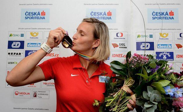 Oštěpařka Barbora Špotáková ze zlatou medailí z atletického mistrovství Evropy v Curychu.