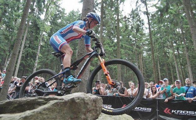 Kateřina Nash během závodu MS horských kol v Novém Městě na Moravě.