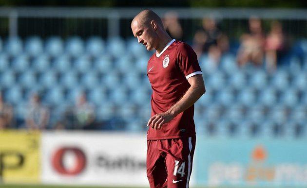 Sparťanský útočník Martin Nešpor během odvetného střetnutí druhého předkola Ligy mistrů s Levadií Tallinn.