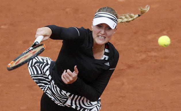 Francouzka Kristina Mladenovicová má zebří motivy i na kšiltu...