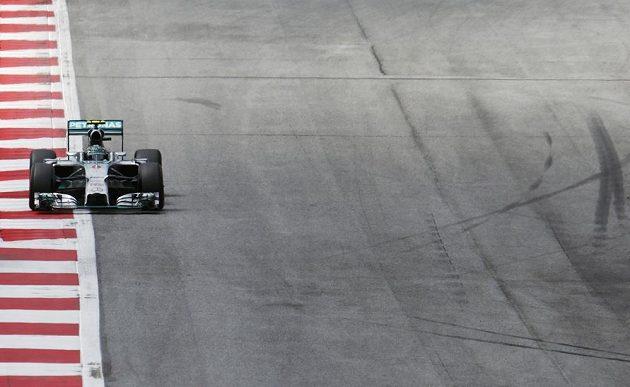 Německý jezdec Nico Rosberg ze stáje Mercedes obsadil v sobotní kvalifikaci na Velkou cenu Rakouska třetí místo.