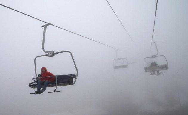 Mlha zkomplikovala program 10. dne olympijských her v Soči.