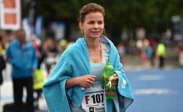 Česká mistryně Kateřina Kriegelová po Pražském maratónu.