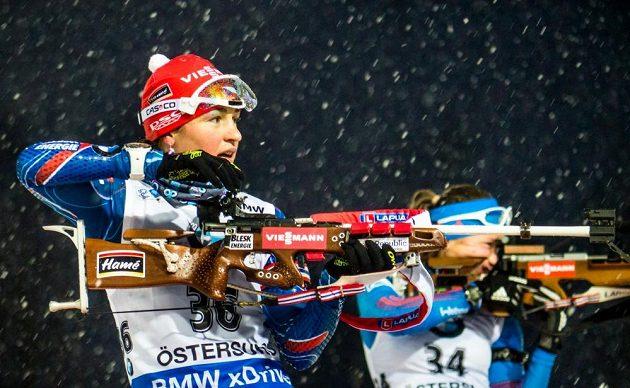 Veronika Vítková udělala ve sprintu dvě chyby na střelnici.
