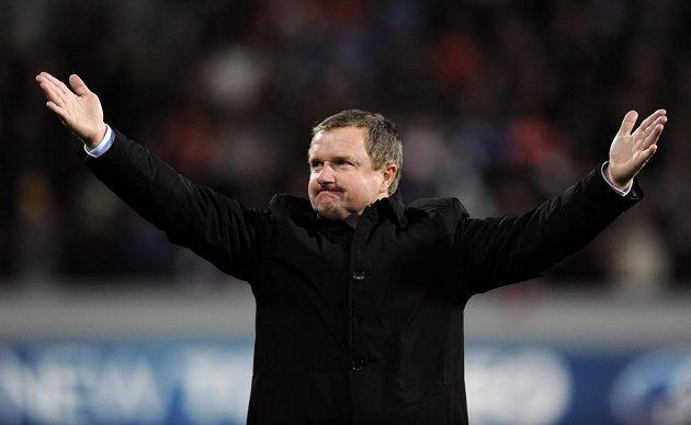 Plzeňský trenér Pavel Vrba se loučí s fanoušky po vítězství nad CSKA Moskva.