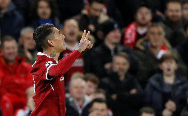 Liverpoolský Roberto Firmino po vstřeleném gólu proti Spartaku.