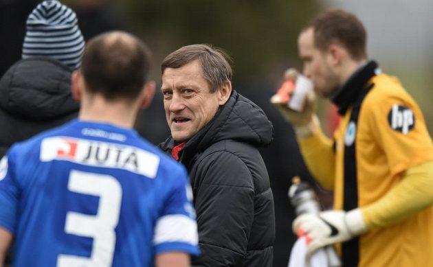 Trenér Jiří Kotrba na lavičce Slovanu.