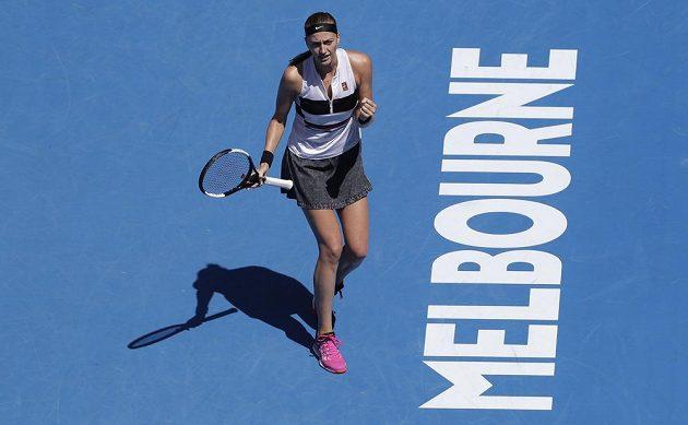 Petra Kvitová se raduje z vítězství v osmifinále Australian Open.