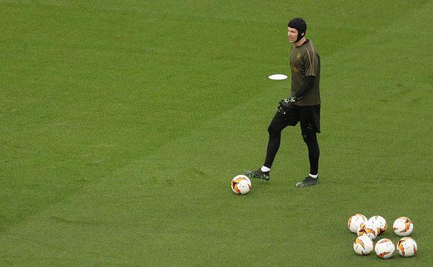 Brankář Arsenalu Petr Čech na tréninku před finále Evropské ligy.