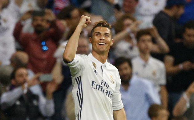 Hrdina Realu Madrid - Cristiano Ronaldo. Portugalec vstřelil hattrick a příblížil Bílý balet finále. Atlético má ještě šanci vše zdramatizovat v odvetě.