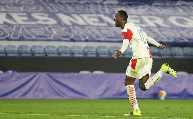 Abdallah Sima se raduje z druhého gólu Slavie proti Leicesteru.