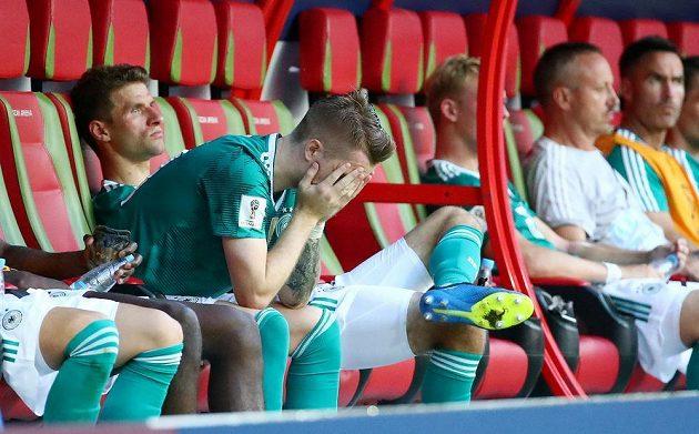 Obrovské zklamání zavládlo po prohře s Koreou v táboře německé reprezentace. Obhájci titulu se loučí se světovým šampionátem už po základní skupině. Smutek neskrývali ani Marco Reus a Thomas Müller.