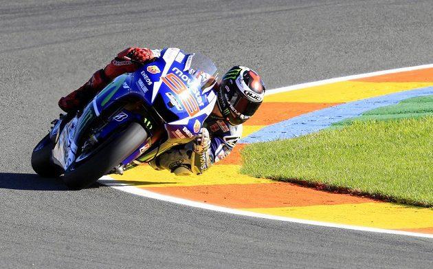 Jorge Lorenzo během tréninku na poslední závod sezóny ve Valencii.
