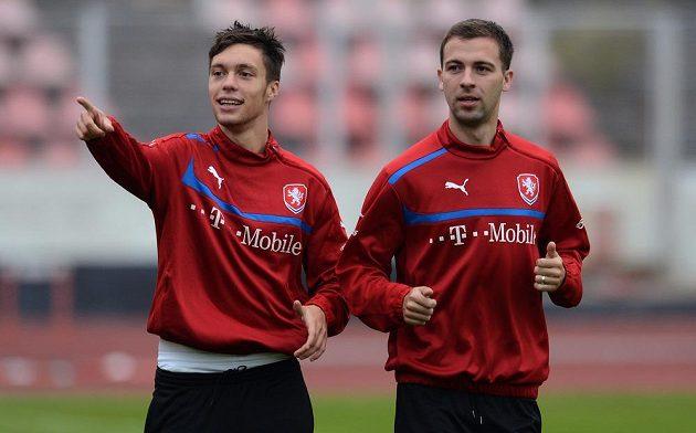 Václav Kadlec (vlevo) a Josef Hušbauer během tréninku české reprezentace před dvojutkáním kvalifikace MS 2014 s Maltou a Bulharskem.