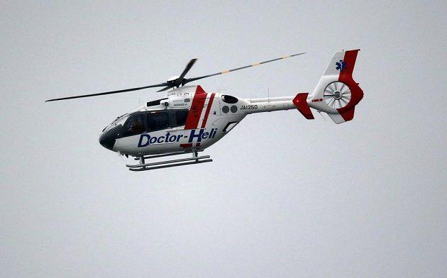 Na místě nehody byl připraven vrtulník, který nakonec nebyl použit.