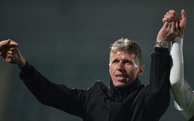 Trenér Jablonce Jaroslav Šilhavý se raduje z vítězství.