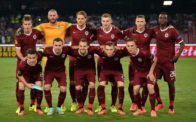 Fotbalisté Sparty Praha před utkáním s Neapolí.