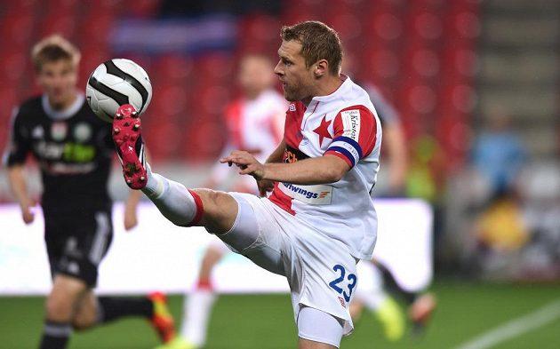 Záložník Slavie Praha Karel Piták během utkání 27. kola Gambrinus ligy proti Příbrami.