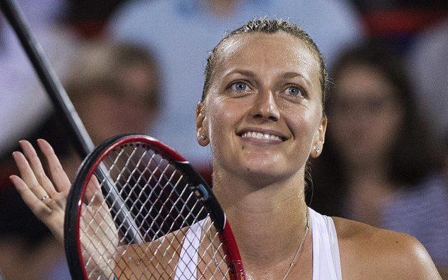 Petra Kvitová po výhře nad Magdou Linetteovou z Polska v prvním kole montrealského turnaje.