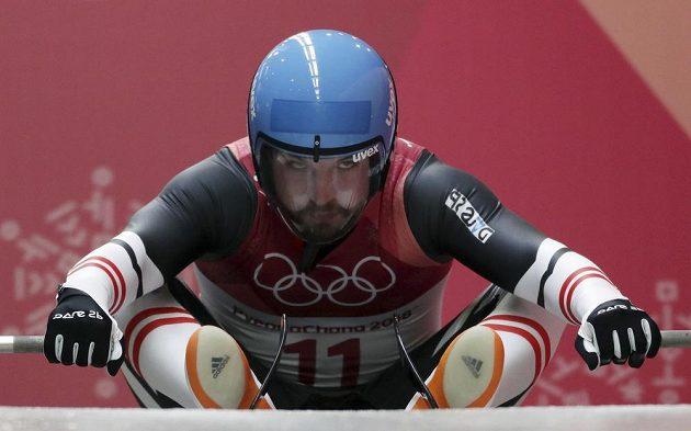 Rakušan David Gleirscher, novopečený vítěz olympijské soutěže sáňkařů.