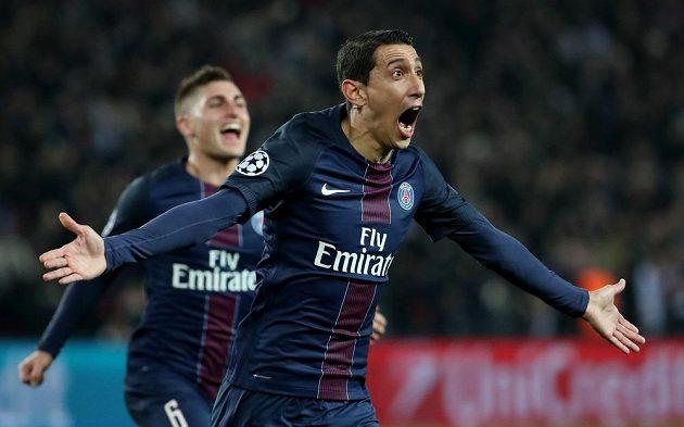 Ángel di María z Paris SG jásá po gólu proti Barceloně.
