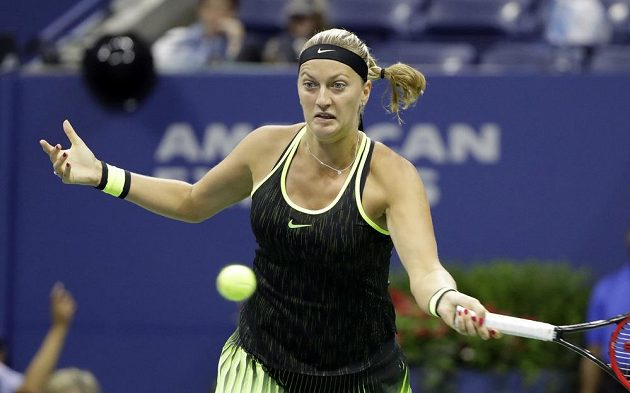 Česká tenistka Petra Kvitová během zápasu s Němkou Angelique Kerberovou v osmifinále US Open.