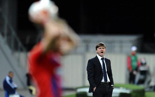 Trenér Plzně Dušan Uhrin během odvetného utkání osmifinále Evropské ligy proti Lyonu.