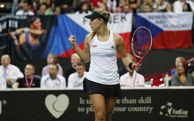 Němka Angelique Kerberová v nedělním finále Fed Cupu s Petrou Kvitovou.