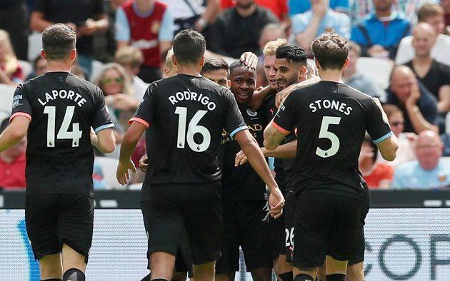Fotbalisté Manchesteru City neměli v úvodním kole proti West Hamu problémy