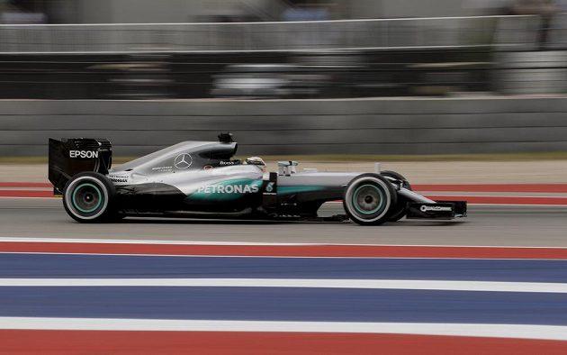 Lídr šampionátu Nico Rosberg na trati Velké ceny Spojených států.