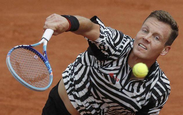 Tomáš Berdych postoupil v Paříži mezi 32 nejlepších.