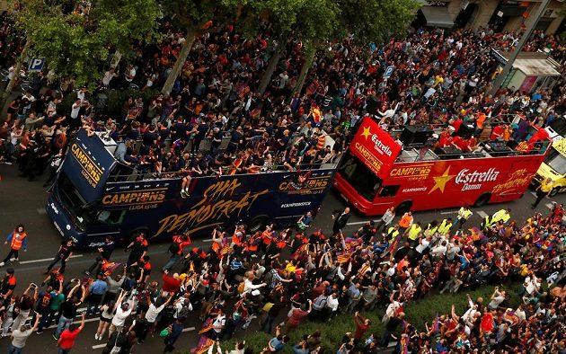 Z barcelonských oslav titulu.