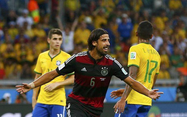 Gólovou radost si udělal v semifinále proti Brazílii i Sami Khedira.