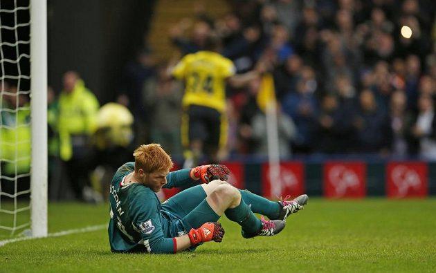 Brankář Liverpoolu Adam Bogdan během střetnutí s domácím Watfordem.